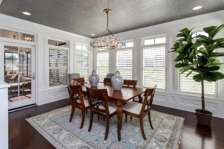 Traditional House Plan -  22557 - Dining Room