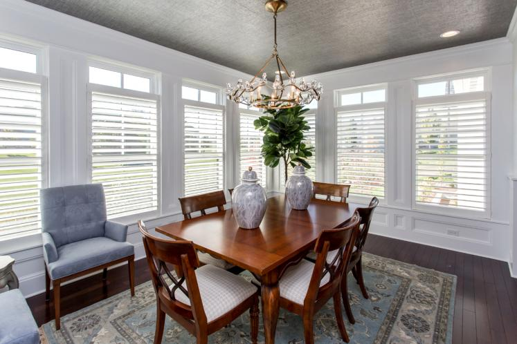 Ranch House Plan -  22557 - Dining Room