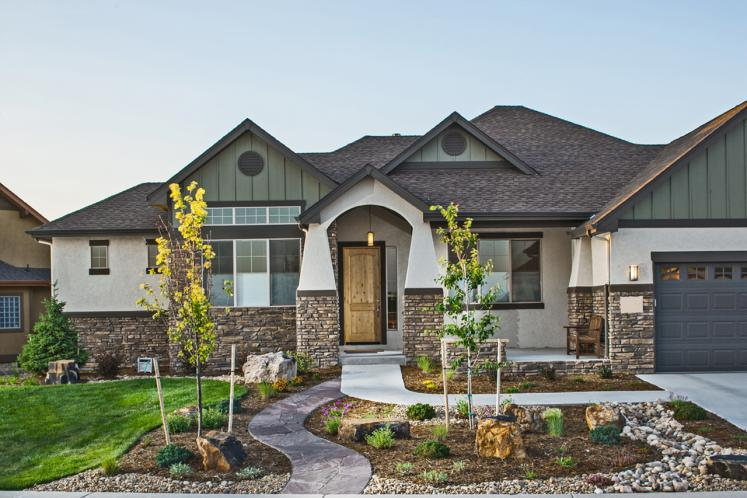 Ranch House Plan - Lincoln 49487 - Front Exterior
