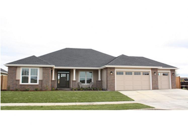Ranch House Plan - Fieldstone 57911 - Front Exterior