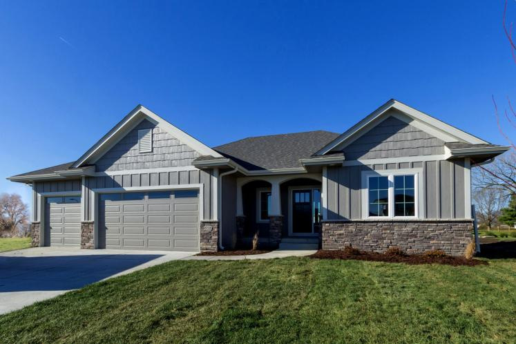 Ranch House Plan -  95064 - Front Exterior