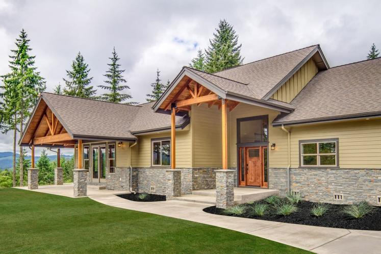 Lodge Style House Plan - Heartfall 95320 - Front Exterior